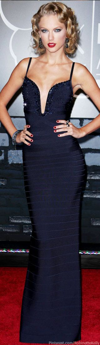 Taylor Swift |  Herve Leger by Max Azria