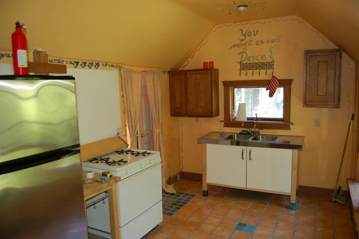 Kitchen: Invite Dance,  Microwave Ovens, Creative Dance