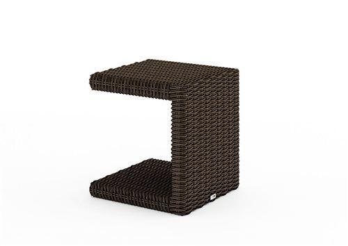 prirucny stolik z umeleho ratanu hnedy