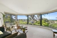 House: 4 bedrooms, 2.5 bathrooms, 4 carspaces for sale. Contact: Kellie Saddington re: 8 Charles Street, Anglesea