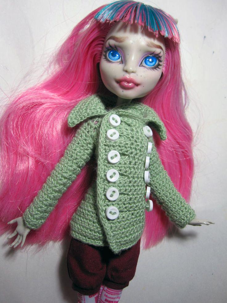 free pattern Peacoat for Monster High dolls