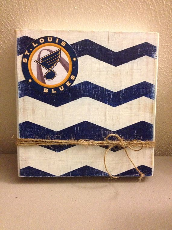 Distressed Wood Chevron Photo Frame with Twine Holder (St. Louis/Blues/Hockey) on Etsy, $15.00