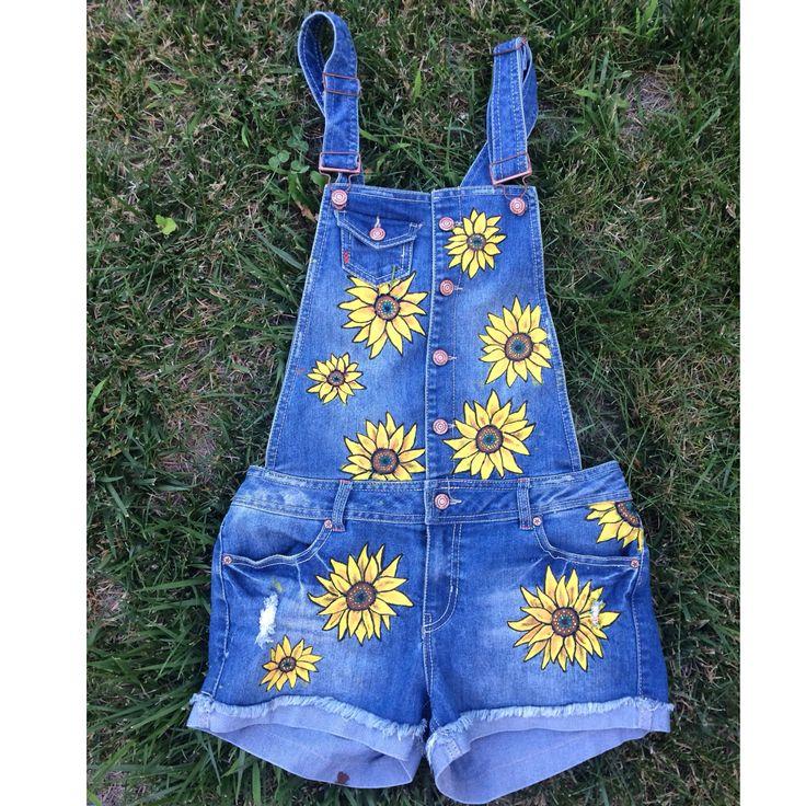 Painted daisy overalls! #paintedoveralls #floweroveralls # ...