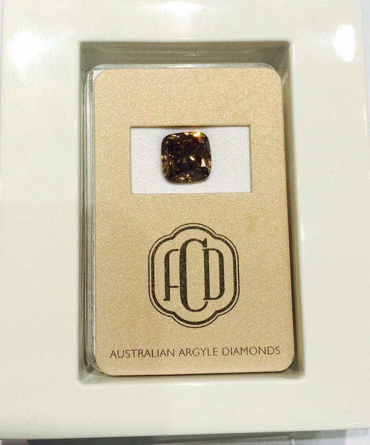Have you seen an amazing #Argyle #ChocolateDiamond before?  Australian Chocolate Diamonds by Eternity #Chocolate #Diamond #beauty #diamondareforever #diamondlife #diamonds