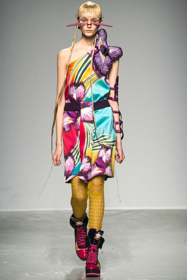 Manish Arora Fall 2015 Ready-to-Wear - Collection - Gallery - Style.com