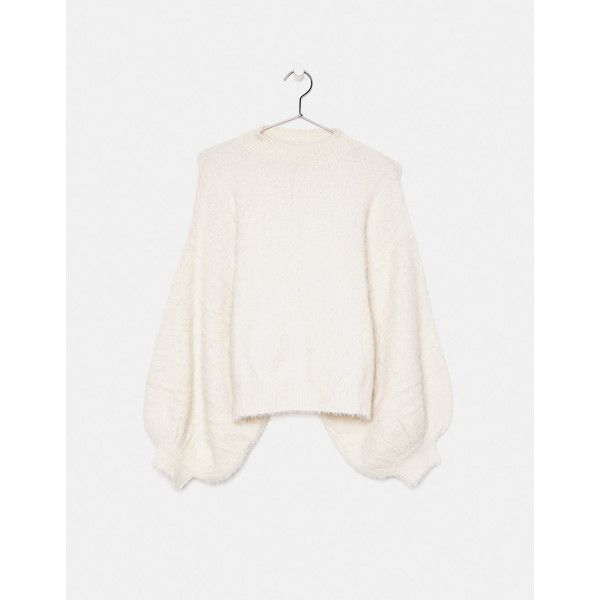 Fluffy sweater with puffy sleeves - Red - Bershka United States (£27) ❤ liked on Polyvore featuring tops, sweaters, puff sleeve top, bershka, white puff sleeve top, puff sleeve sweaters and puff shoulder sweater