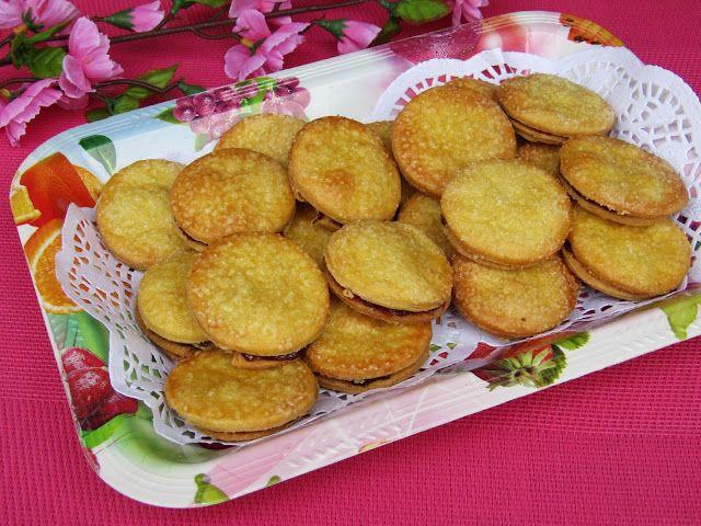 Tradycyjna kuchnia Kasi: Ciastka maślane z marmoladą