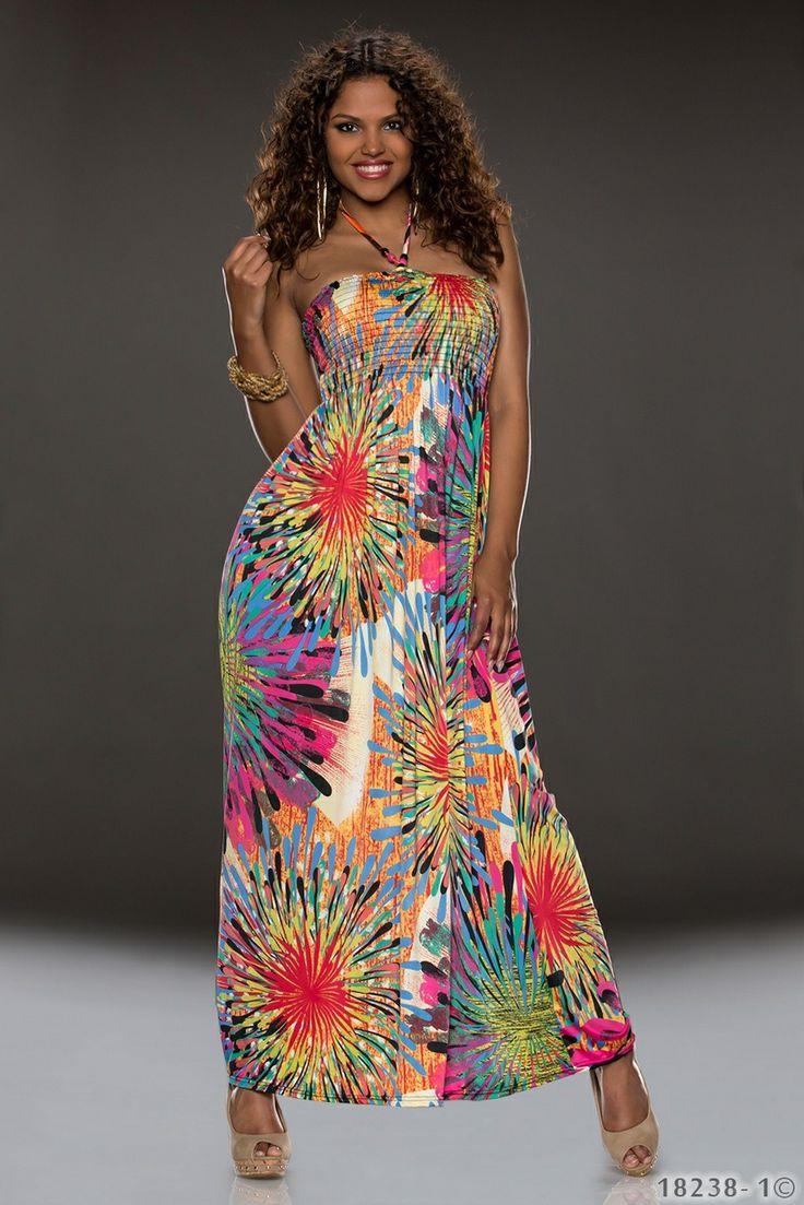 Γυναικείο μάξι φόρεμα σε άνετη γραμμή. Strapless με δέσιμο στο λαιμό. Σφηκοφωλιά στο μπούστο για άνετη εφαρμογή. Φλόραλ μοτίβο σε όλο του το μήκος. Ποικιλία έντονων χρωμάτων. Φοριέται όλες τις ώρες με σανδάλια ή πλατφόρμες για να ανανεώνετε το στυλ σας. Υλικά : 95% Polyester 5% Elastan