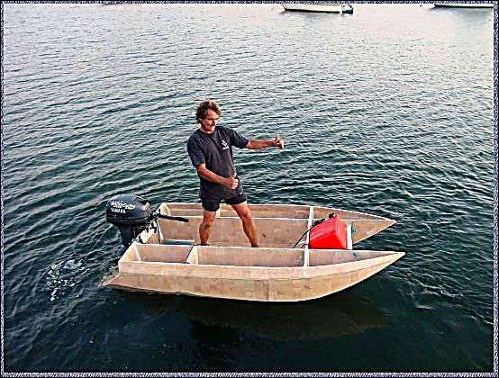 small power cat | Boating | Boat, Wood boat plans, Plywood boat