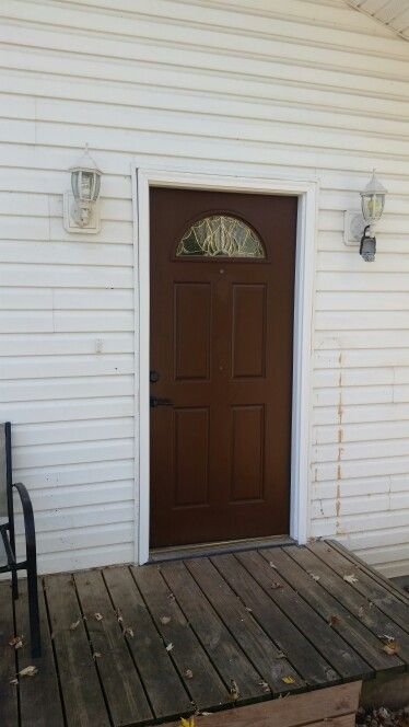 painting an exterior door after applied two coats sherwin williams duracraft exterior paint