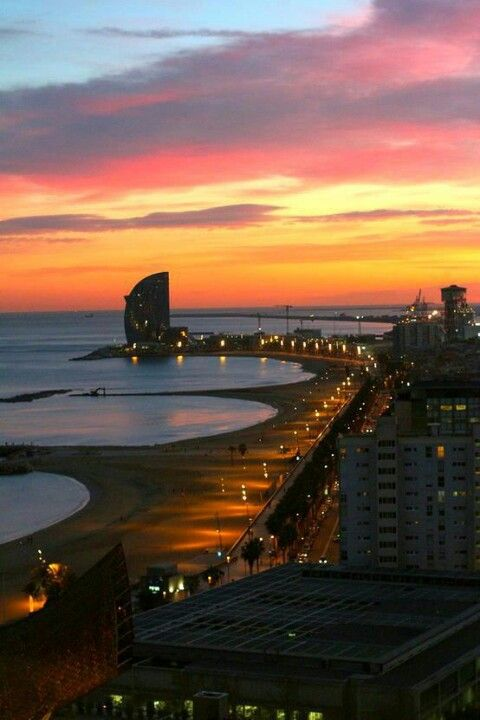 Barcelona Sunset, Barcelona, Catalonia, Spain. http://www.suntransfers.com/barcelona-airport-to-barcelona-city-all-areas