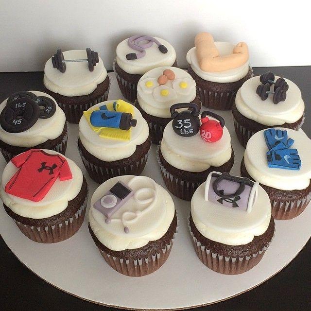Gym Cupcakes #cupcakes #gymcupcakes  #fondant #gym
