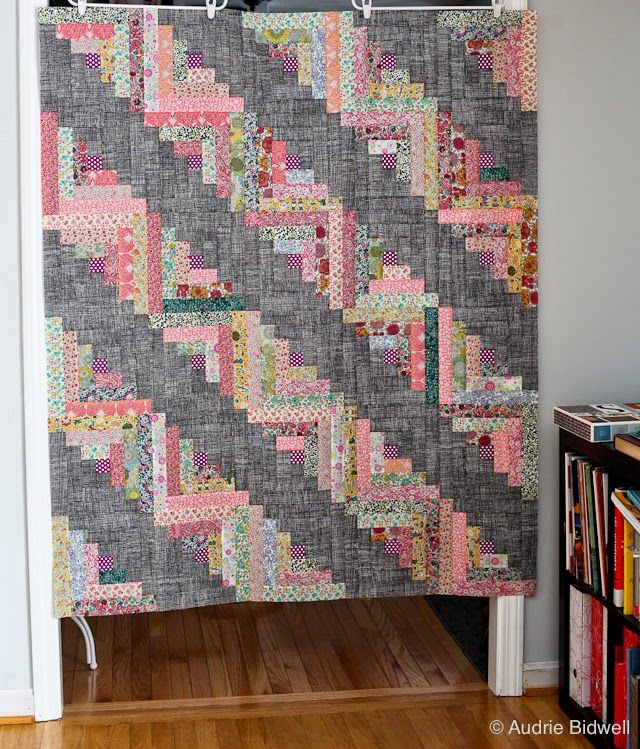 LOG CABIN QUILT.............PC............Liberty Of London Blog Hop... And Tutorial!