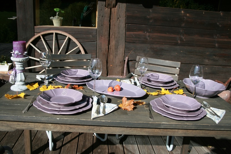hand made tableware from italian pottery