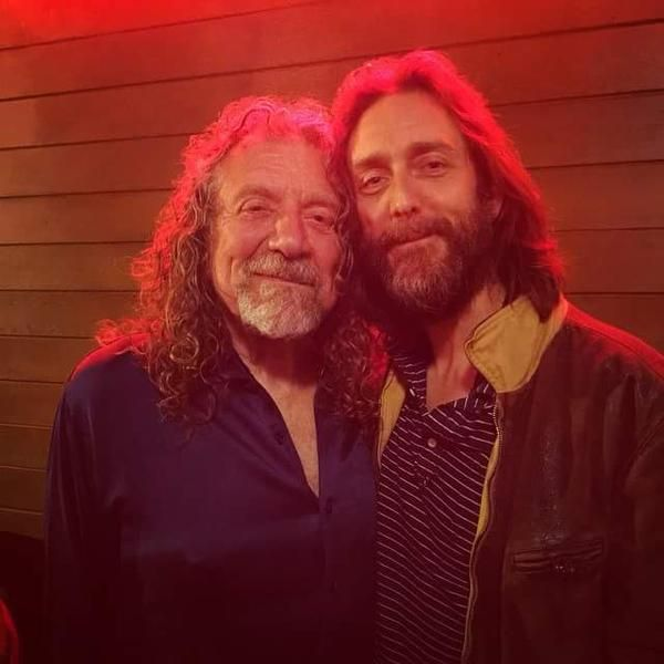 Robert Plant photographed with Chris Robinson from The Black Crowes last night .  June 2