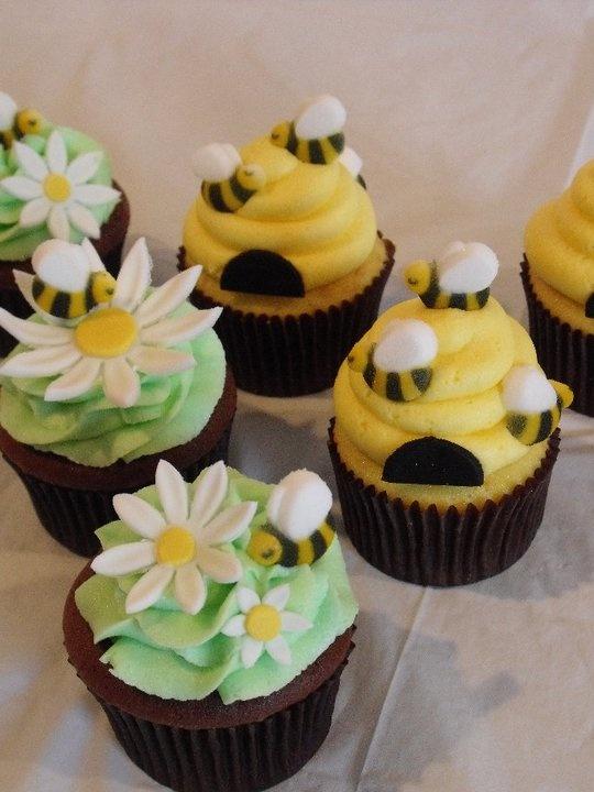 Bumblebee Baby Shower Cupcakes.