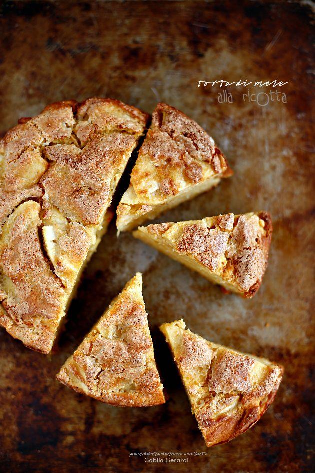 Torta di mele con la ricotta senza burro senza olio e senza glutine