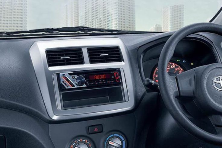 Agya Tipe E Auto2000 - Interior Audio