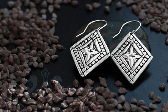 Lozenge ethnic silver earrings