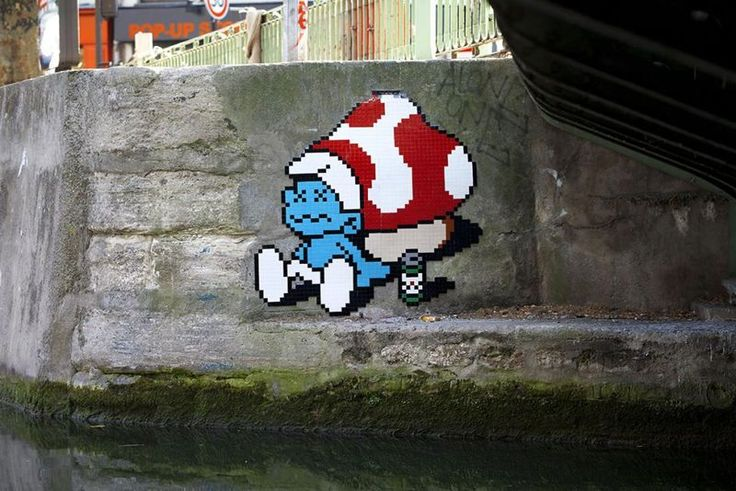 8-Bit Street Art : ceramic tile art