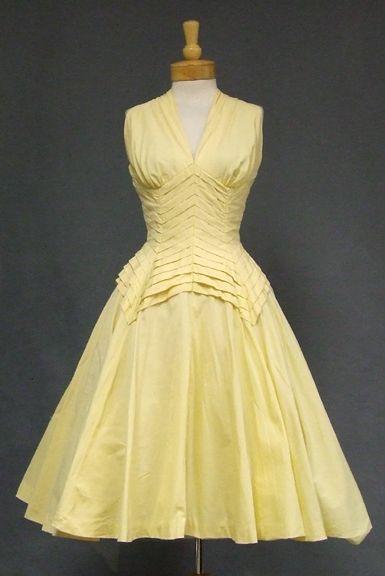 Suzy Perette 1950's Cotton Dress (front)