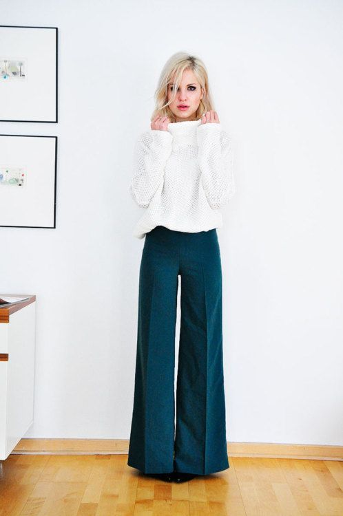 Wide legs and chic blouses - talk about a killer combination for the office!