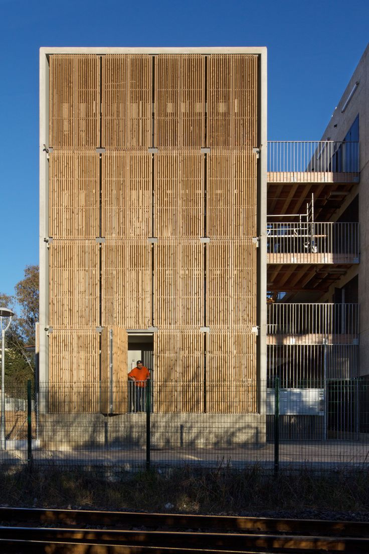 Image 7 of 46 from gallery of Social Housing + Shops in Mouans Sartoux / COMTE et VOLLENWEIDER Architectes. Photograph by Milèle Servelle