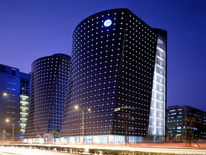 1000 images about facade lighting on pinterest facade - Exterior architectural led lighting ...