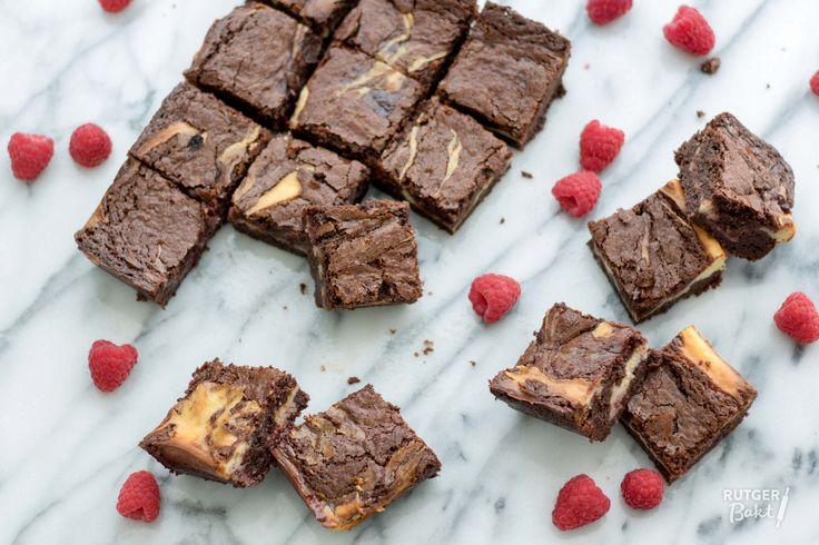 Recept: Cheesecakebrownies met framboos / Recipe: Cheesecake raspberry brownies