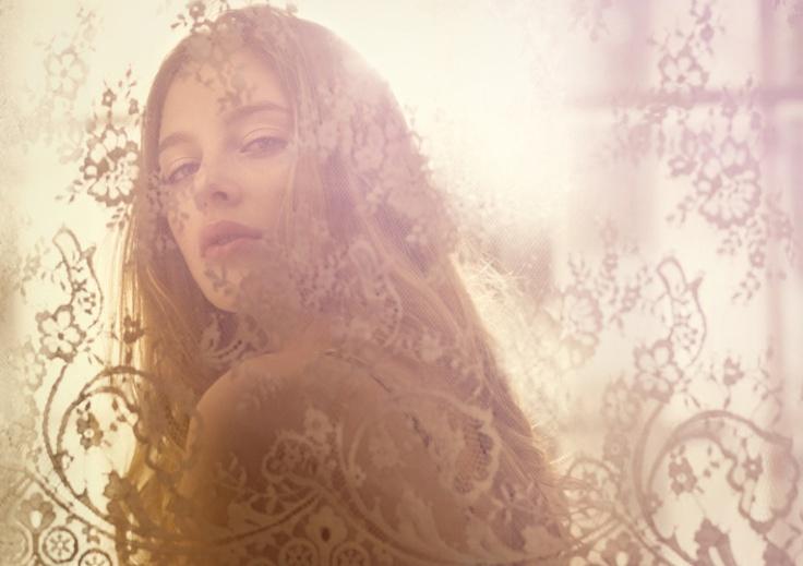 Angela Kaeser - Hair + Make Up Artist