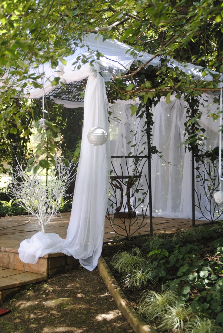 Gazebo outside for that summer wedding.... perfection