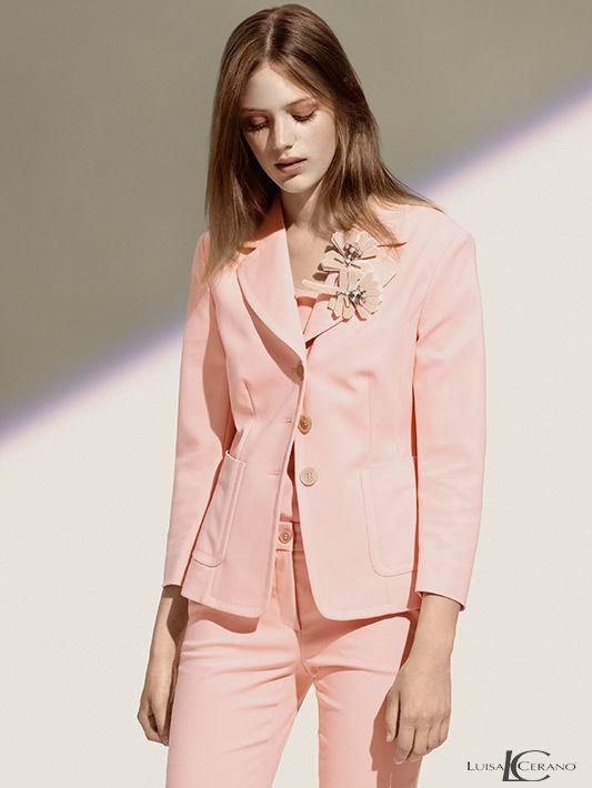 hauchzartes Rosé #LuisaCerano #Rose #Apricot #Damenmode #Hosenanzug