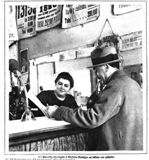 Doña Manolita vendiendo lotería  Mundo Gráfico, 5 de diciembre de 1928