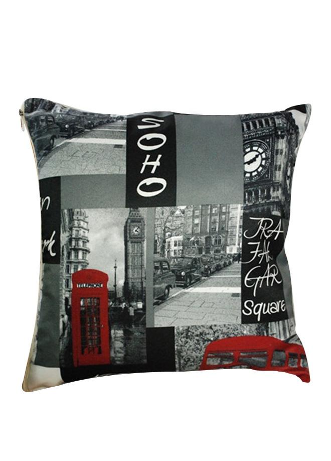 SihirliOdalar Popart yastık - 45 x 45 cm. Markafoni'de 44,00 TL yerine 29,99 TL! Satın almak için: http://www.markafoni.com/product/3361577/
