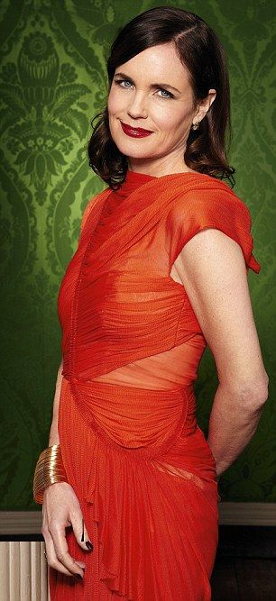 elizabeth mcgovern in dazzling red