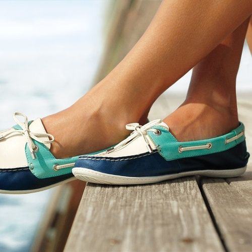 navy tiffany & white sperries!!!! Where do I buy these?!?
