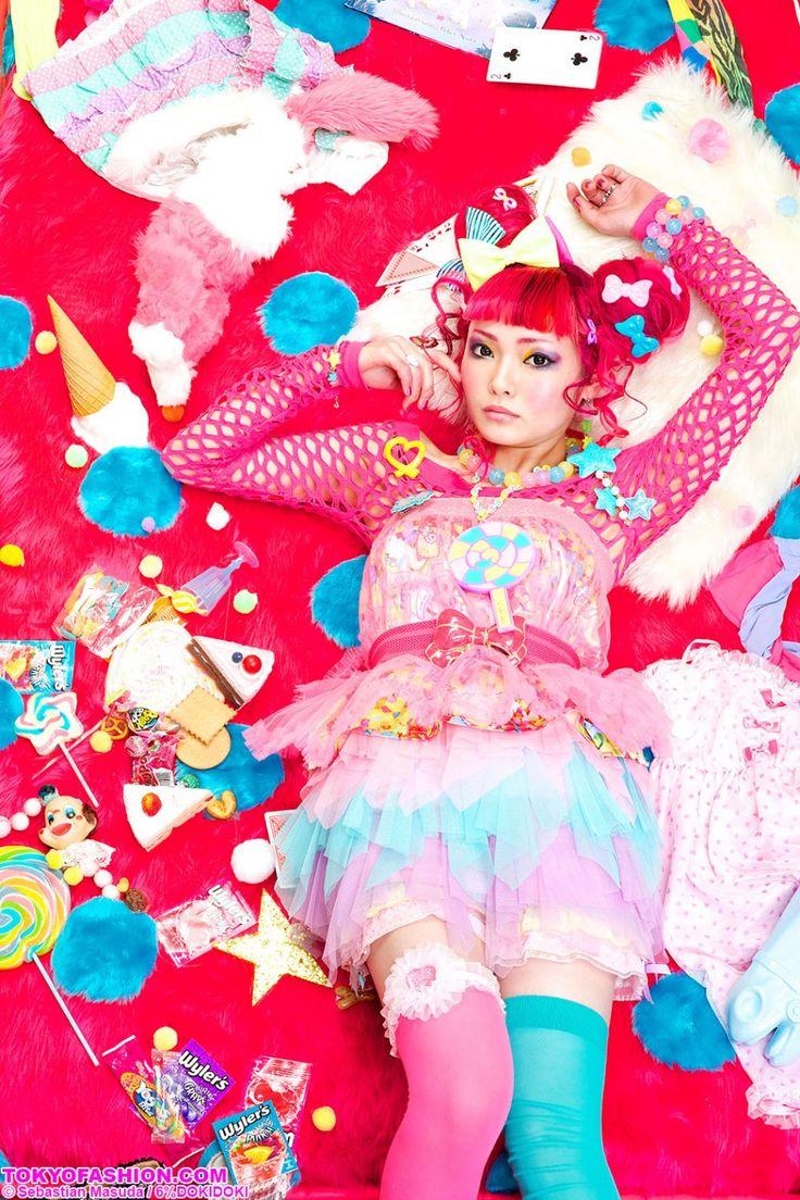 Brand: 6%DOKIDOKI Concept & Art Director: Sebastian Masuda Models: Vani & Yuka Photographer: KIRA