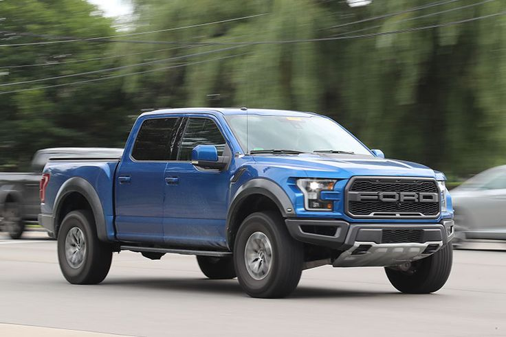 New Ford F-450 and Ford Raptor Has Been Spied in Dearbornhttp://www.usanewsadvice.com/new-ford-f-450-and-ford-raptor/