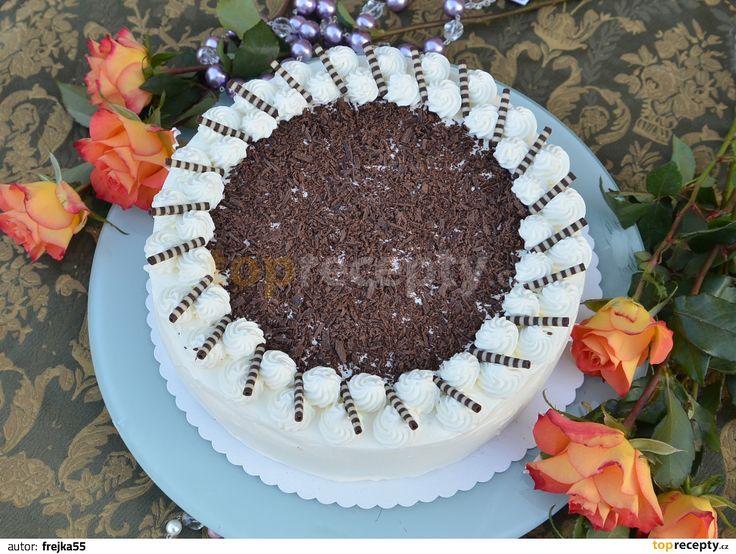 """Jen málokdo ví, že Čechy jsou v cizině proslulé i díky výjimečnému dortu. Že jste o receptu na """"český dort"""" ještě neslyšeli? Skutečně existuje!"""