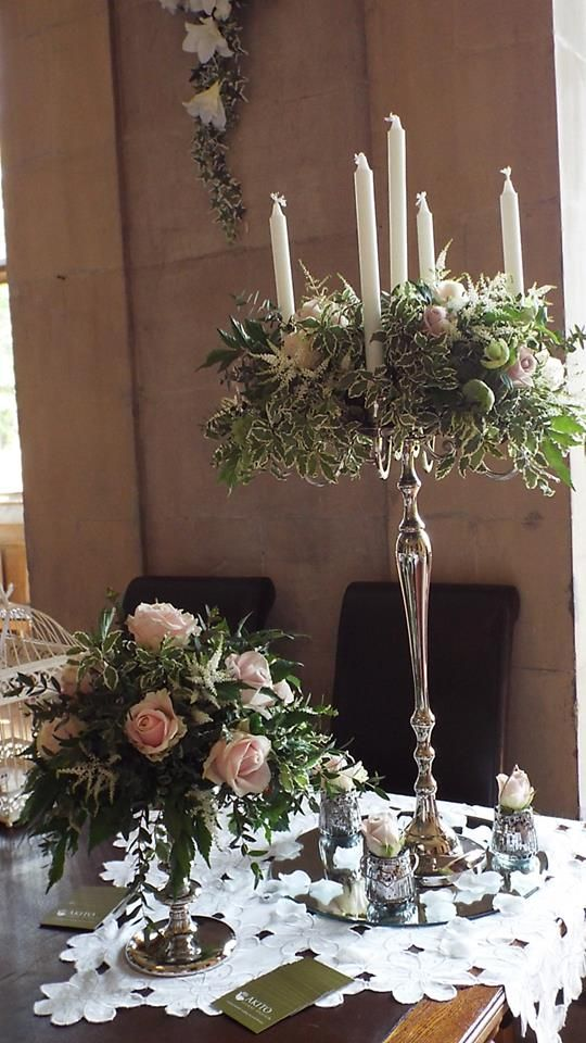 Tall and short #centrepieces look fabulous when used together.