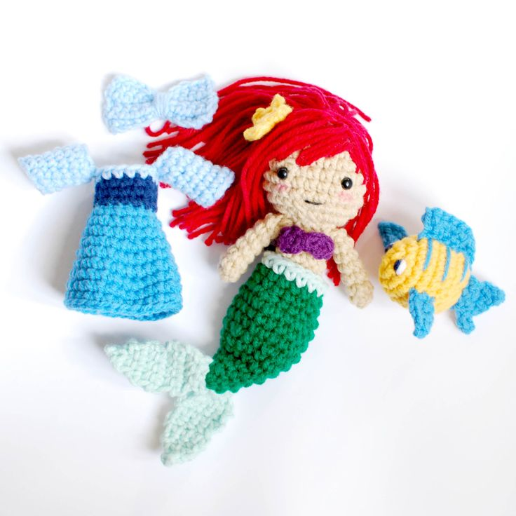 Little Mermaid Crochet Pattern - Paper and Landscapes