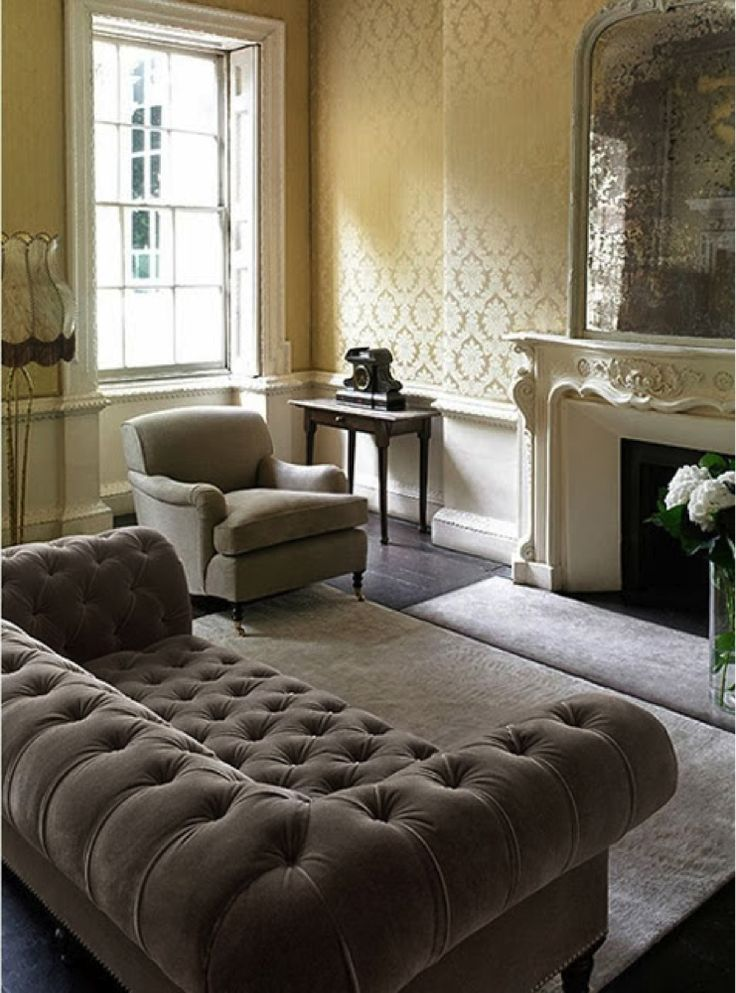 Trend Pin Tuesday Tufted Chesterfield Sofas Warm Cozy Living Rooms Pinterest