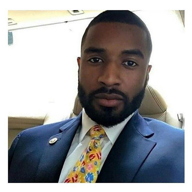 Top 100 african american short hairstyles photos He look like he could make a better president then #Hillary and #Trump #Elections #USelections #voting  #theblackparty //If your nigga need help with his hairstyle, or you are the nigga that need help, foll http://www.99wtf.net/men/mens-accessories/shop-type-shoes/