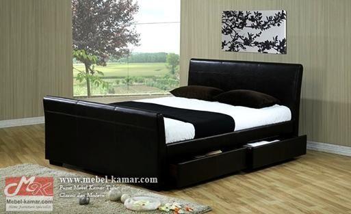 Tempat Tidur Minimalis Jok Hitam (TRJ08)