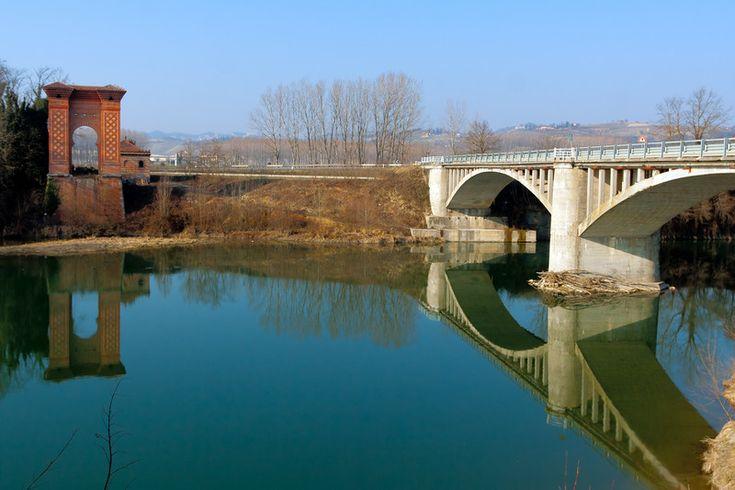 ''L'ex ponte sospeso di Pollenzo.'' - Bra