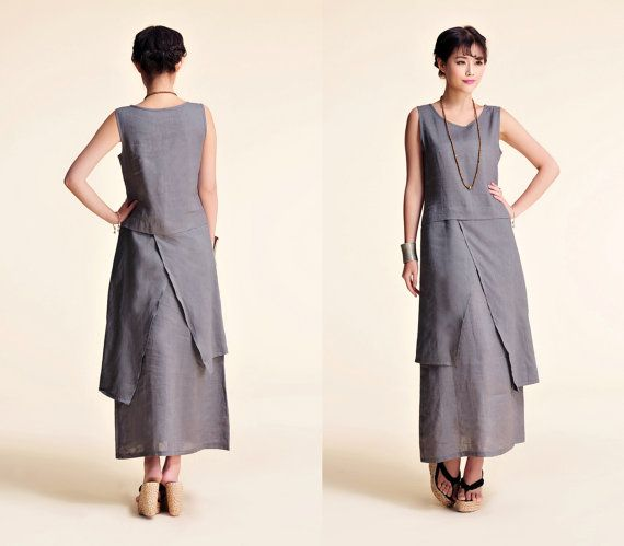 Style asiatique en lin longue robe avec sa jupe en deux couches et deux couches asymétriques s'adapte à nombreux types de corps. Paire de la robe avec un pull court / veste de soirée.  Couleurs: Pour sélectionner votre couleur s'il vous plaît aller à la dernière image sur chaque article. Le modèle porte gris sur les photos.  Vous pouvez tout simplement lacheter à travers la liste et de menvoyer un avis, y compris vos mesures et votre choix de couleur.  Matière : lin  taille : nous avons...