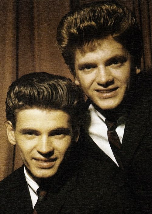 Full, coarse and high pomps of The Everly Brothers.