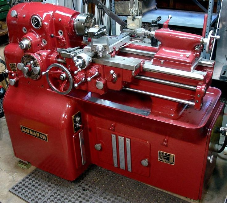 A beautifully painted 10EE   MONARCH LATHES ARE SO AWESOME  !