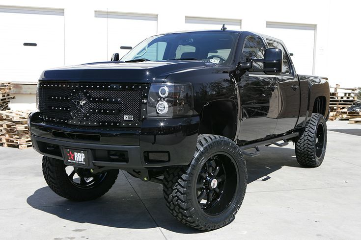 rolling big power chevy trucks autos pinterest. Black Bedroom Furniture Sets. Home Design Ideas