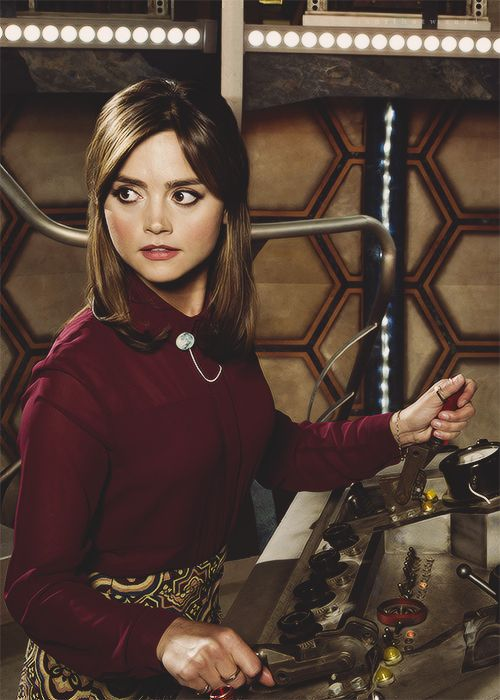 Jenna coleman, clara oswald bts----- LOVE that outfit. red is her color
